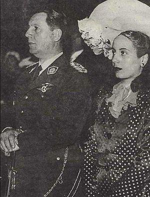Peron y Eva - casamiento civil - 1945