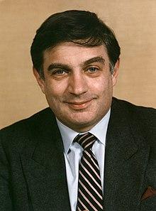 Питер Сазерленд (1985) .jpg