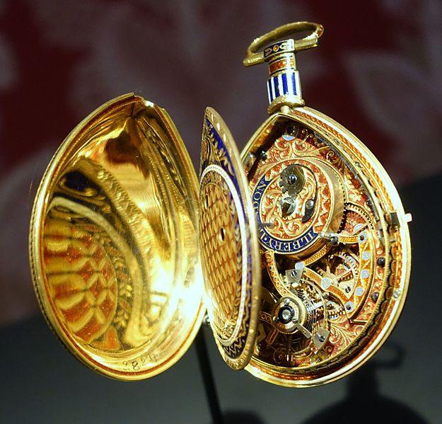 File:Piriform watch, signed Ilbery, London, c. 1800, gold, enamel - Cinquantenaire Museum - Brussels, Belgium - DSC08936.jpg