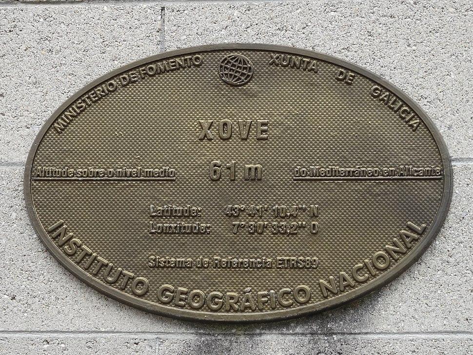 Placa altimétrica casa concello Xove