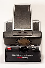 Polaroid SX-70 Sonar One Step (4665241093).jpg