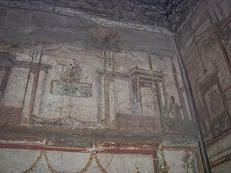 Pompeii House of the Small Fountain wall 4.jpg