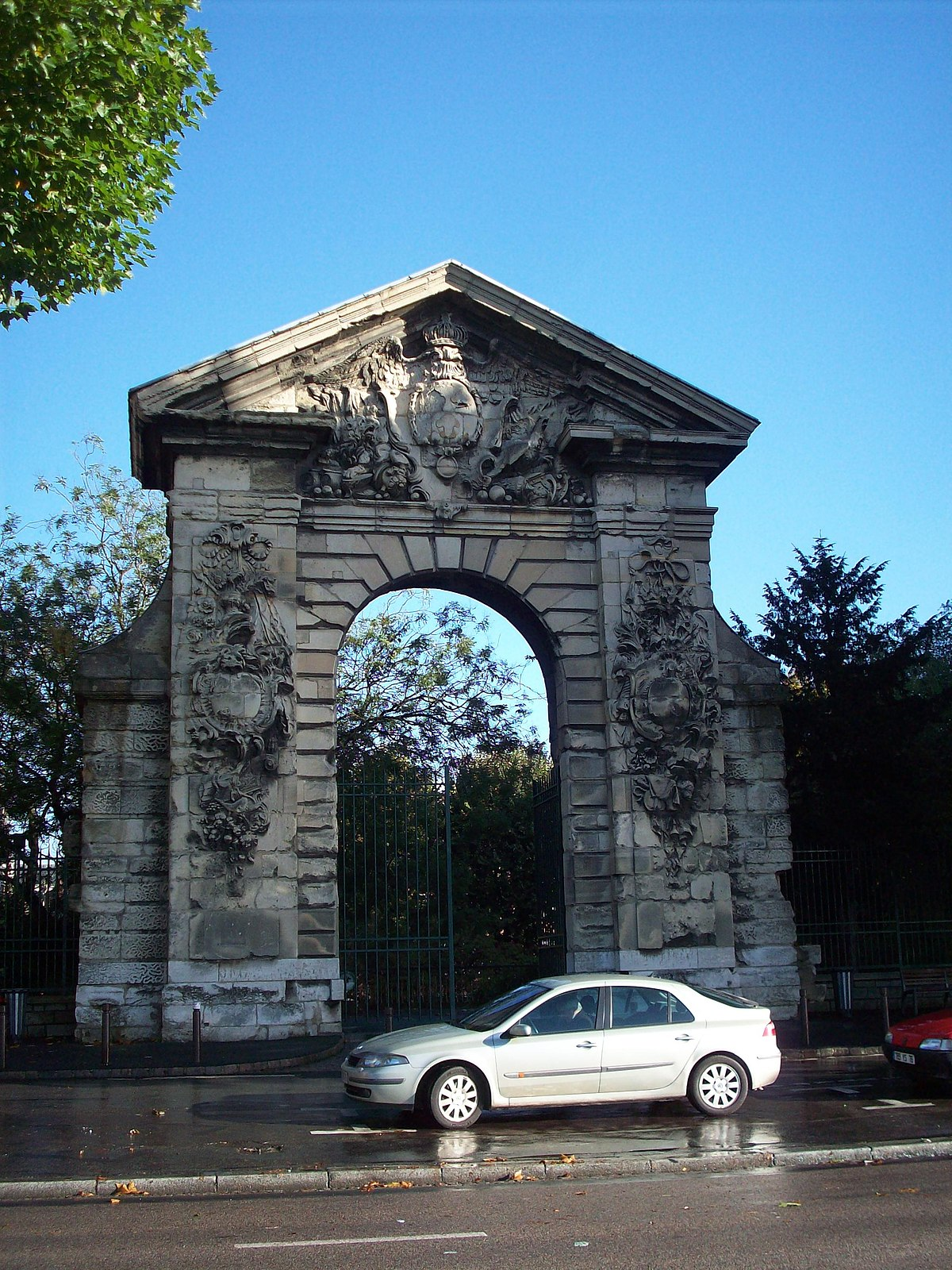 Porte guillaume lion wikip dia for Porte wikipedia