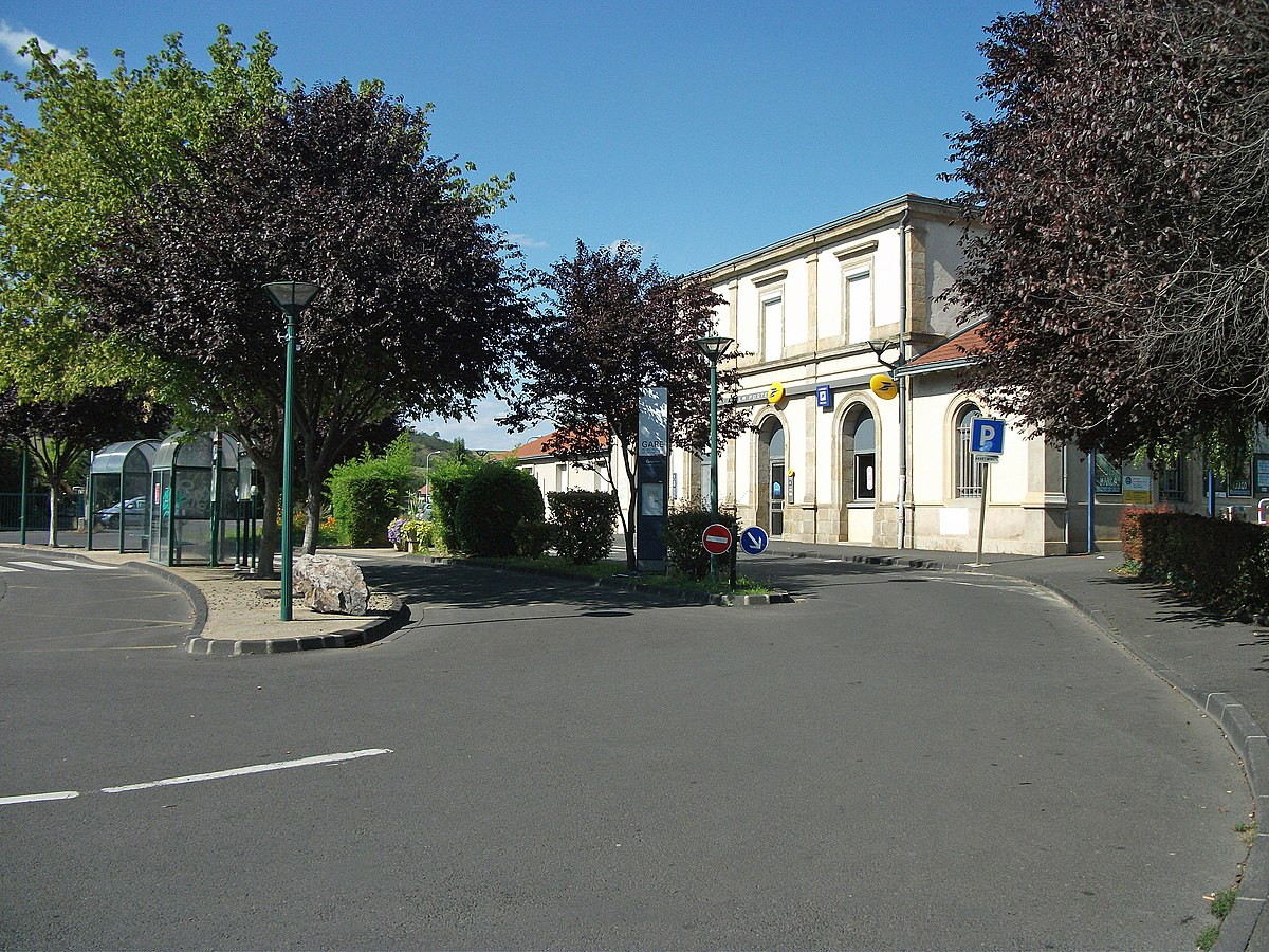 Gare des martres de veyre wikip dia - Bureau de poste gare de l est ...