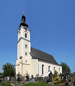 Pram Pfarrkirche 2006-05-08 9593.jpg