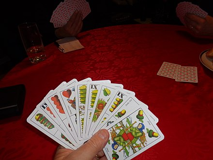 arbitrary gambling card games