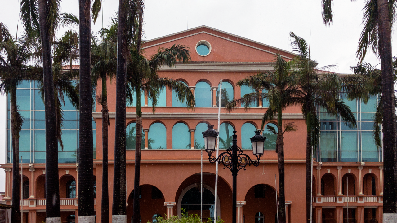 Istana kepresidenan Teodoro Obiang di Malabo, Guinea Ekuatorial