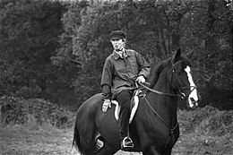 Prinses Anne te paard in een paardencentrum bij Boekelo, Bestanddeelnr 926-7771.jpg