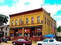 Puempel's Olde Tavern - panoramio.jpg