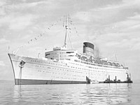 RMS Caronia (ca. 1956) (beschnitten).jpg