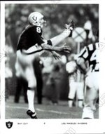 refer to caption. Guy playing for the Raiders ... c0a9d0e81