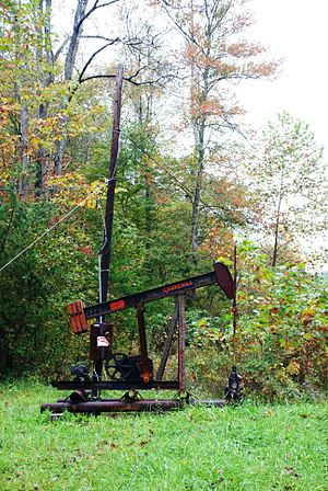Standard Oil of Kentucky - Image: Red River Gorge Pumpjack