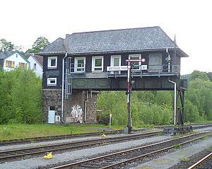 Hagen–Dieringhausen railway - Elevated signalbox in Brügge