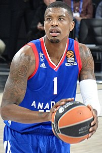 Ricky Ledo 1 Anadolu Efes Euroleague 20171012.jpg
