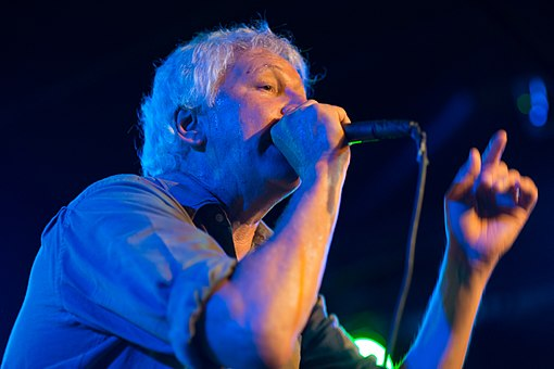 Robert Pollard performing with Guided By Voices in 2014