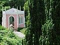 Rococo Gardens Painswick - geograph.org.uk - 1743672.jpg