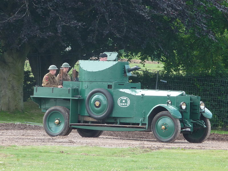 800px-Rolls_Royce_Armoured_Car_(36661974