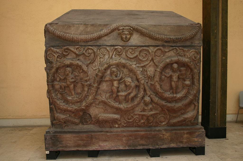 Roma, Museo d. civiltà Romana - Sarcofago di Costantina - Foto Giovanni Dall'Orto, 12-Apr-2008 - 1.jpg