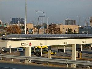 Rosemont station (CTA) - Image: Rosemont Bus Bay