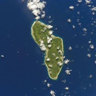 Rurutu - NASA picture of Rurutu Island