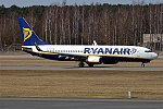 Ryanair, EI-ESZ, Boeing 737-8AS (41701774321).jpg