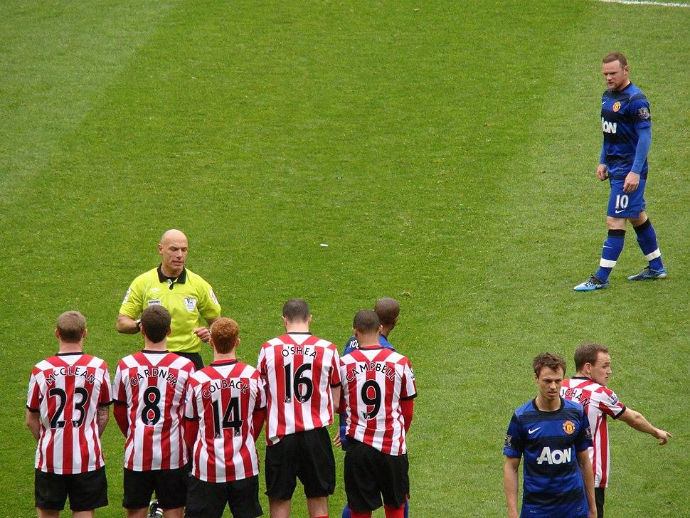 SAFC v MUFC Wayne Rooney free kick