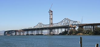 Hayward Fault Zone - Eastern span and replacement construction