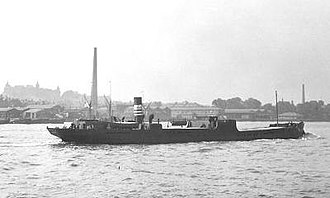 Flatiron (ship) - Gas Light and Coke Company's SS Suntrap at Woolwich in 1931, steaming upriver to Nine Elms Gasworks