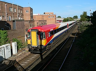 South Western main line - Image: SWT 442402 at Poole 2005 07 16 07