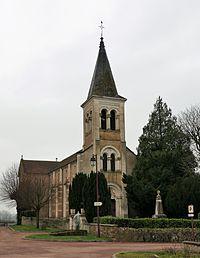 Saint-Didier-en-Brionnais, vue générale de l'église.jpg
