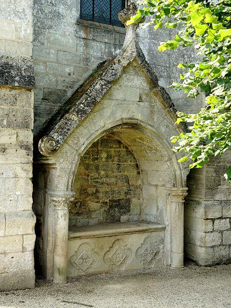 Description SaintJeanauxBois (60), église abbatiale, enfeu devant