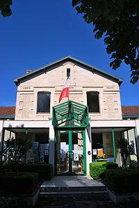 Salleboeuf Mairie.JPG