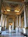 Salles des colonnes du Louvre, vue vers l'est.jpg
