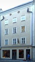 Salzburg,_Linzer_Gasse_38_stitched.jpg
