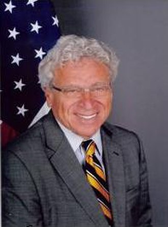 """Political status of Western Sahara - Photo of Former US Ambassador to Morocco, Samuel L. Kaplan (2009–2013) who in April 2013 expressed that the position of the United States is that Morocco's autonomy plan """"can't be the only basis in these negotiations""""."""