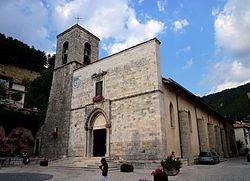San Pietro e Paolo Pescasseroli 1.jpg