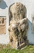 Sankt Veit Sankt Donat Pfarrkirche hl. Donatus S-Wand Isis Statue 12092018 4665.jpg