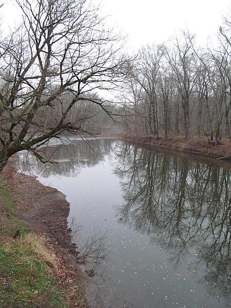 File:Schofield Ford Covered Bridge - Pennsylvania (8482991399).jpg