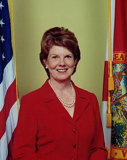 Glenda Hood American politician