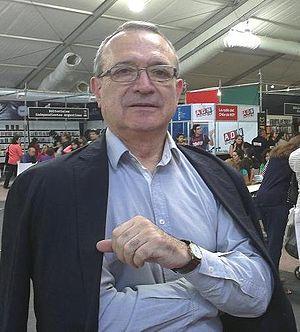 Sergio Badilla Castillo - Sergio Badilla Castillo at Santiago's Book Fair 2013