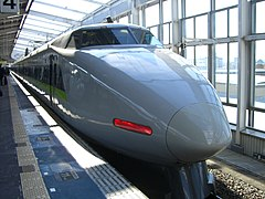 http://upload.wikimedia.org/wikipedia/commons/thumb/b/b8/Shinkansen_Series_100_in_Okayama.JPG/240px-Shinkansen_Series_100_in_Okayama.JPG