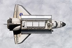 Shuttle delivers ISS P1 truss.jpg