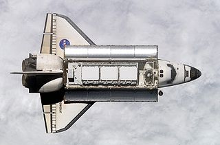 Spaceplane vehicle that operates as an aircraft as well as a spacecraft when it is in space