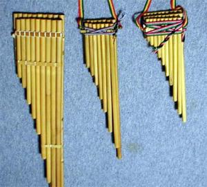 Siku (instrument) - Siku of different sizes