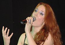 Simone Simons at ND Ateneo 2007 06.jpg