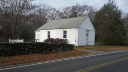 Six Principle Baptist Church in North Kingstown Rhode Island built circa 1703 photo taken in 2016.png