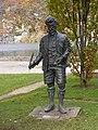 Skulptur von Ludwig Ganghofer in Rottach-Egern.jpg