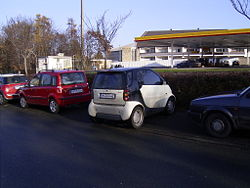 An example of how the smart compactly parks