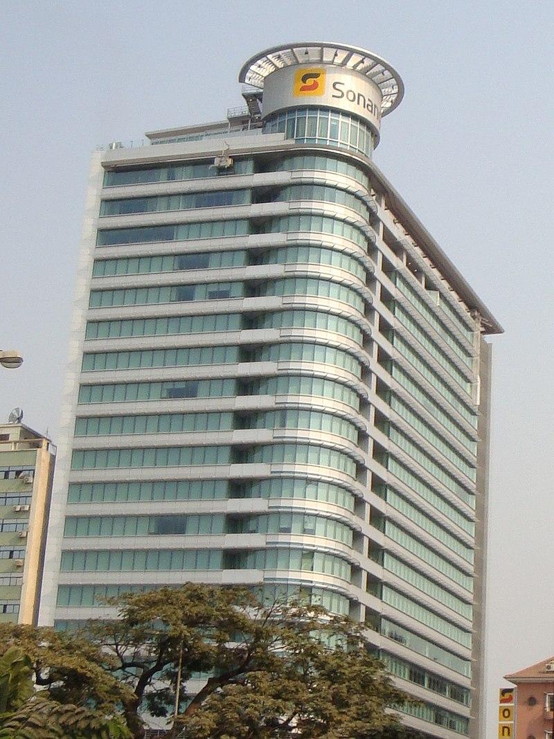 Sonangol building - Luanda (cropped2).jpg