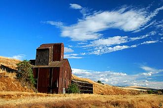 Umatilla County, Oregon - An old grain elevator along Steen Road south of Milton-Freewater, Umatilla County.